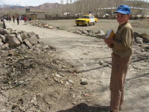 zekerullah going to school in Bamiyan