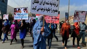 afghan457103002